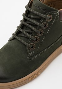 Kickers - TACKLAND UNISEX - Lace-up ankle boots - kaki - 5