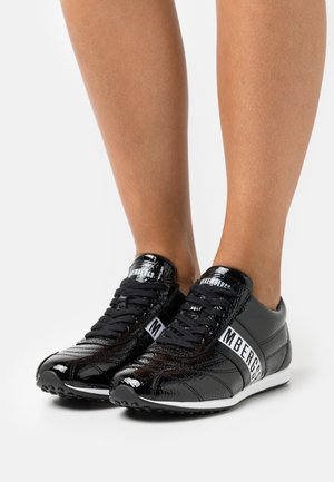 BAHIA - Trainers - black