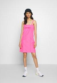 HOSBJERG - SABRINA DRESS - Denní šaty - pink - 1