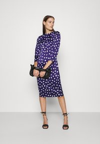Who What Wear - TRIPLE BOW DRESS - Denní šaty - navy - 1
