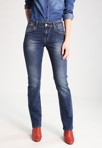 Mustang - SISSY STRAIGHT - Straight leg jeans - dark scratched used - 0