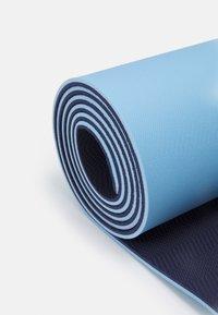 Yogasearcher - COMFORT YOGA MAT 5MM - Fitness / Yoga - sky - 3