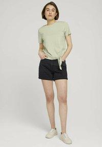 TOM TAILOR DENIM - Print T-shirt - light dusty green - 1