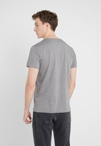 Hackett London - CLASSIC LOGO TEE - Camiseta básica - grey marl - 2