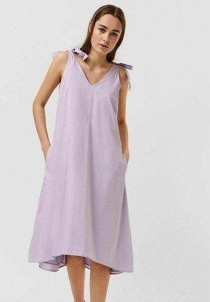 Day dress - pastel lilac