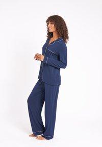 Chelsea Peers - Pyjamas - navy - 3