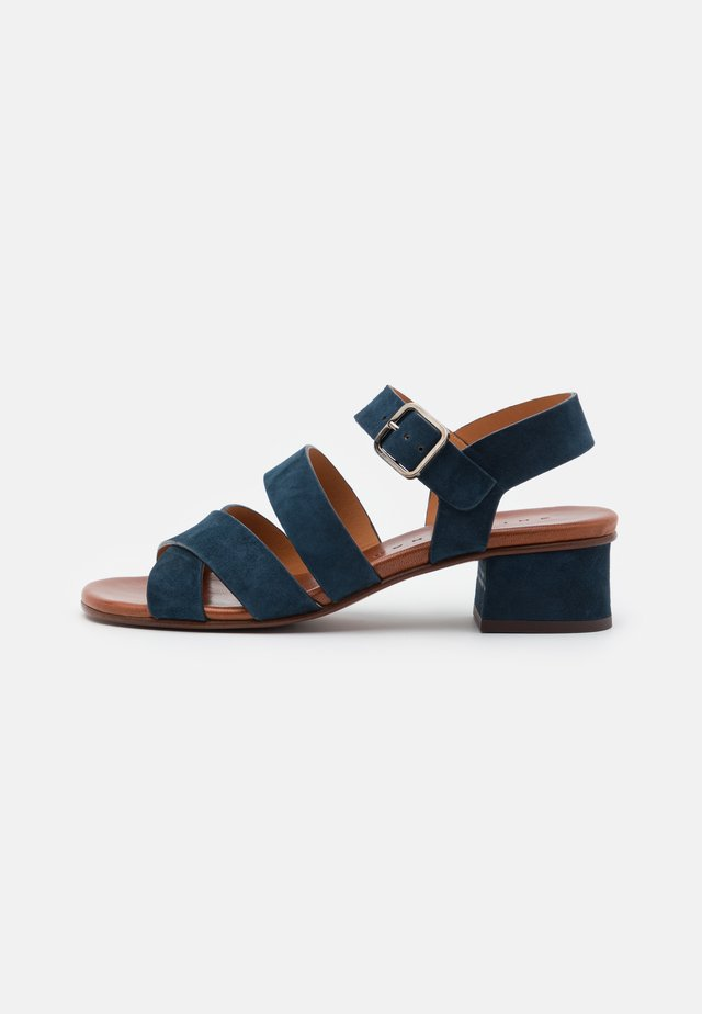QUA YARIS - Sandaalit nilkkaremmillä - indigo