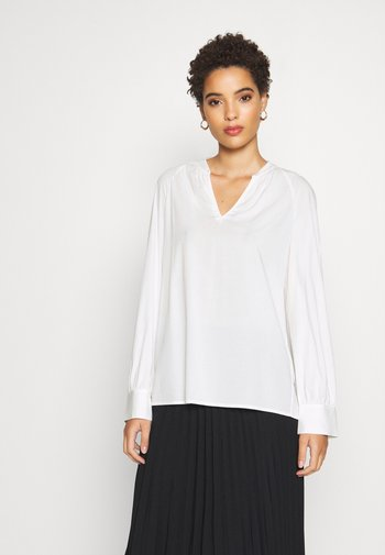 BLOUSE RAGLAN SLEEVE V-NECK FEMININE SLEEVE - Blouse - off white