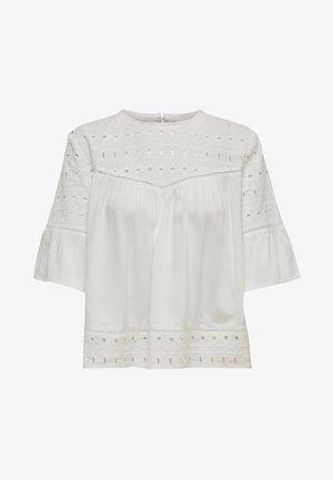 ONLIRINA ANGLAISE - Blusa - off-white