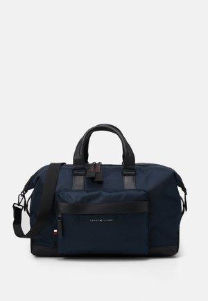 ELEVATED DUFFLE - Weekend bag - blue