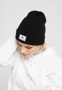 Alpha Industries - X-FIT BEANIE UNISEX - Mössa - black - 4