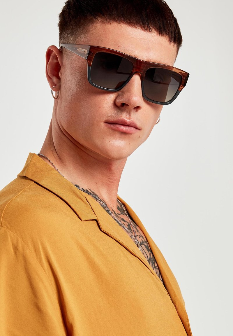 Hawkers - DOUMU - Sunglasses - brown