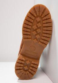 Timberland - 6 IN PREMIUM - Winter boots - cognac - 4