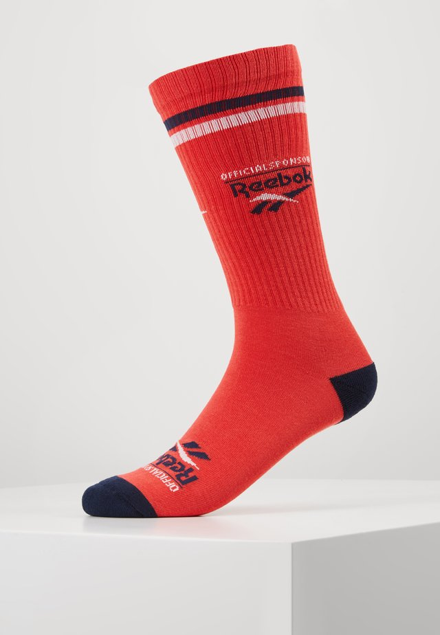 ASSOC CREW SOCK - Socks - radred