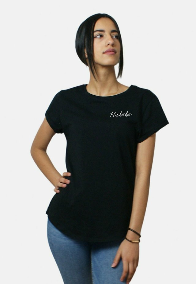 HABIBI SMALL WTSRU - T-shirt imprimé - black
