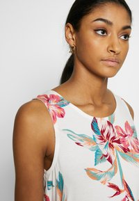 Roxy - Top - snow white tropic call - 3