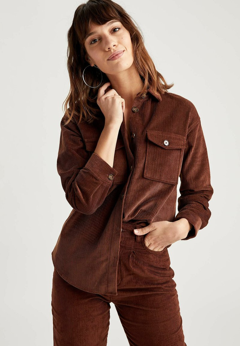 DeFacto - Button-down blouse - brown