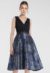 Apart - Robe de soirée - nachtblau-multicolor - 0