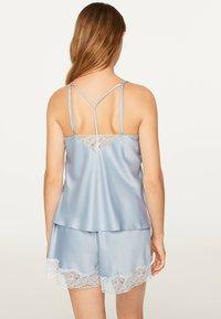 OYSHO - SATINTOP MIT SPITZE 30212204 - Pyjama top - light blue - 1