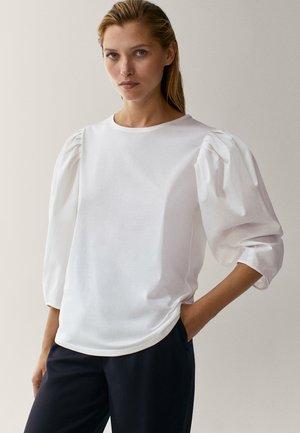 MIT PUFFÄRMELN  - Long sleeved top - white
