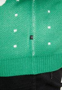 Jack´s Sportswear - CHRISTMAS O-NECK - Jumper - green - 6