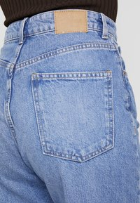 Weekday - MEG - Jeans Relaxed Fit - air blue - 5