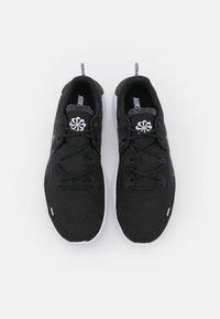 Nike Performance - FLEX 2021 RN - Obuwie do biegania treningowe - black/white/dark smoke grey - 3