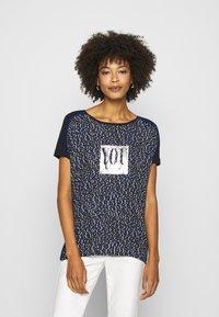 comma casual identity - Print T-shirt - blue - 0