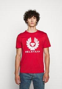 Belstaff - COTELAND  - Print T-shirt - red - 0