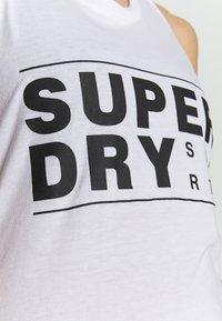 Superdry - CORE SPORT GRAPHIC VEST - Top - optic - 4