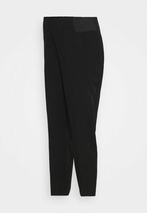MATERNITY UNDERBUMP ANKLE GRAZER - Trousers - black