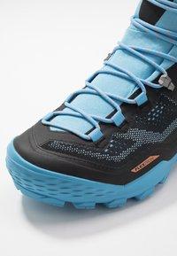 Mammut - DUCAN HIGH GTX WOMEN - Hiking shoes - black/whisper - 5