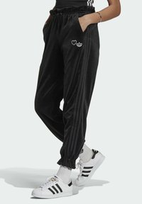 adidas Originals - TRACK PANT - Pantalon de survêtement - black - 0