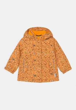 KUHMOINEN - Winterjas - orange yellow