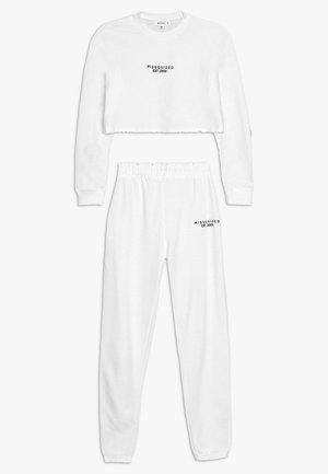 CROP AND JOGGER SET - Trainingsanzug - white