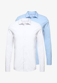 Pier One - 2 PACK - Formal shirt - white/light blue - 5