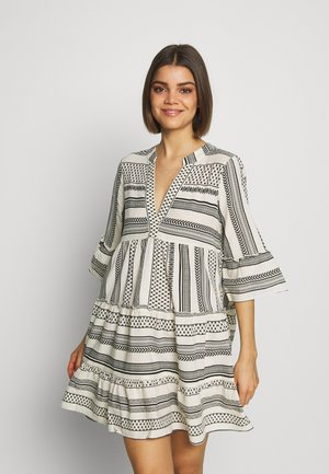 VMDICTHE TUNIC - Day dress - birch/dicthe/black