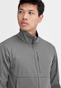 Mammut - ULTIMATE  - Soft shell jacket - titanium phantom melange - 4