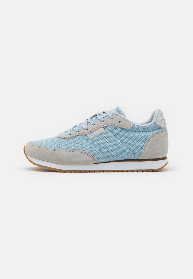 SIGNE - Sneakers laag - sea fog grey/ice blue