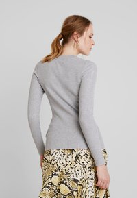 Lost Ink - FRONT CUT OUT - Svetr - grey - 2