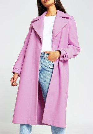 Mantel - pink