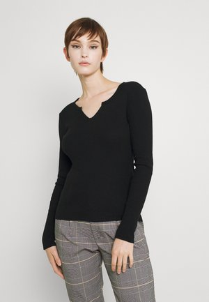 ONLVICKY TEE - Sweter - black