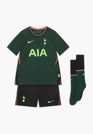 TOTTENHAM HOTSPURS SET - Sports shorts - green/barely volt