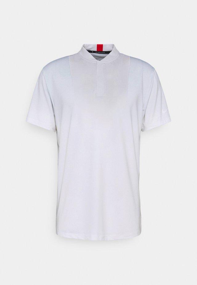 TIGER WOODS DRY BLADE - T-shirt print - white/sky grey