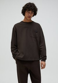 PULL&BEAR - Sweter - mottled brown - 0