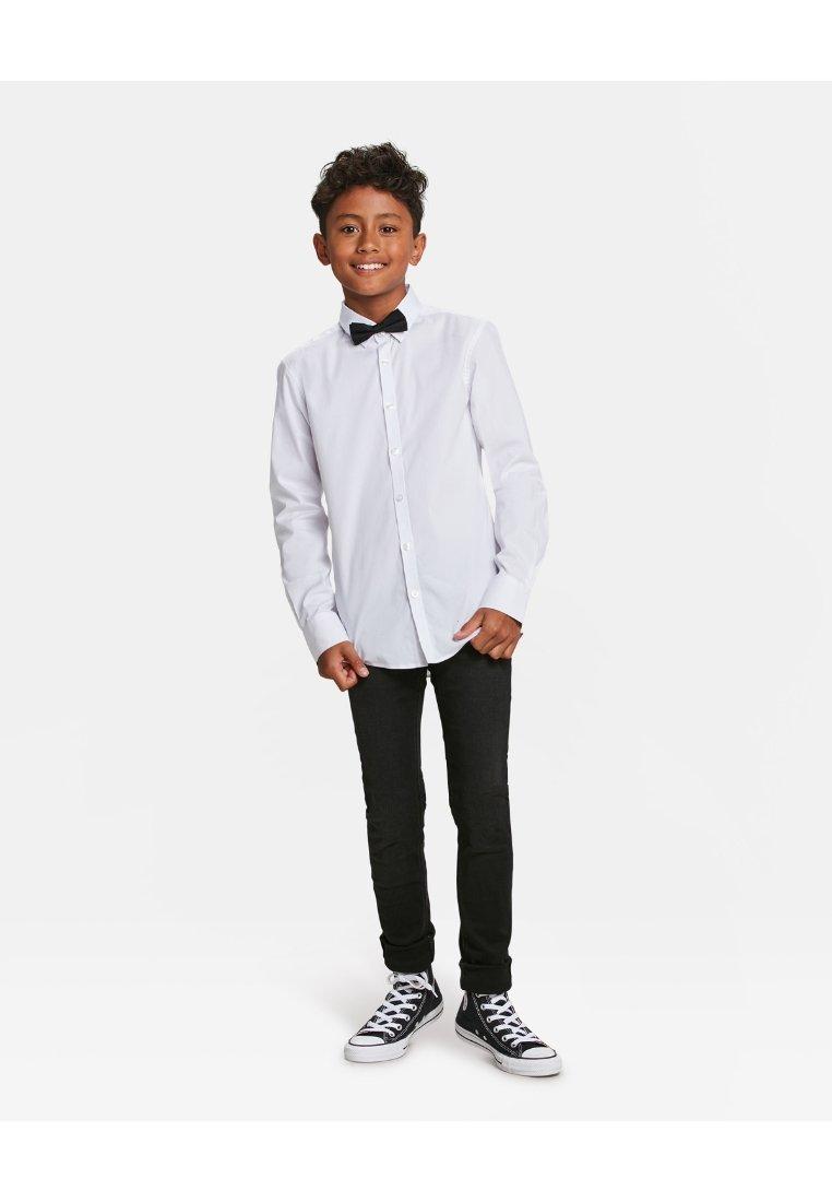 WE Fashion - JONGENS - Camisa - white