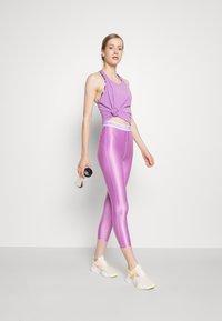 Nike Performance - DRY ELASTIKA TANK - Treningsskjorter - violet shock heather/white - 1