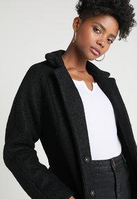 Noisy May - NMZOE  - Classic coat - black - 3