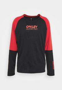 Oakley - SWITCHBACK TRAIL TEE - Long sleeved top - blackout - 0