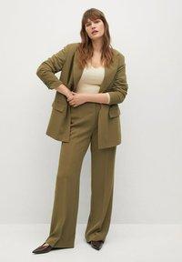 Violeta by Mango - AWESOME - Trousers - grün - 1